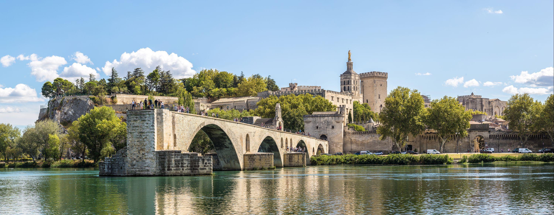 Hyra bil i Avignon Jämför billig biluthyrning Sök på KAYAK
